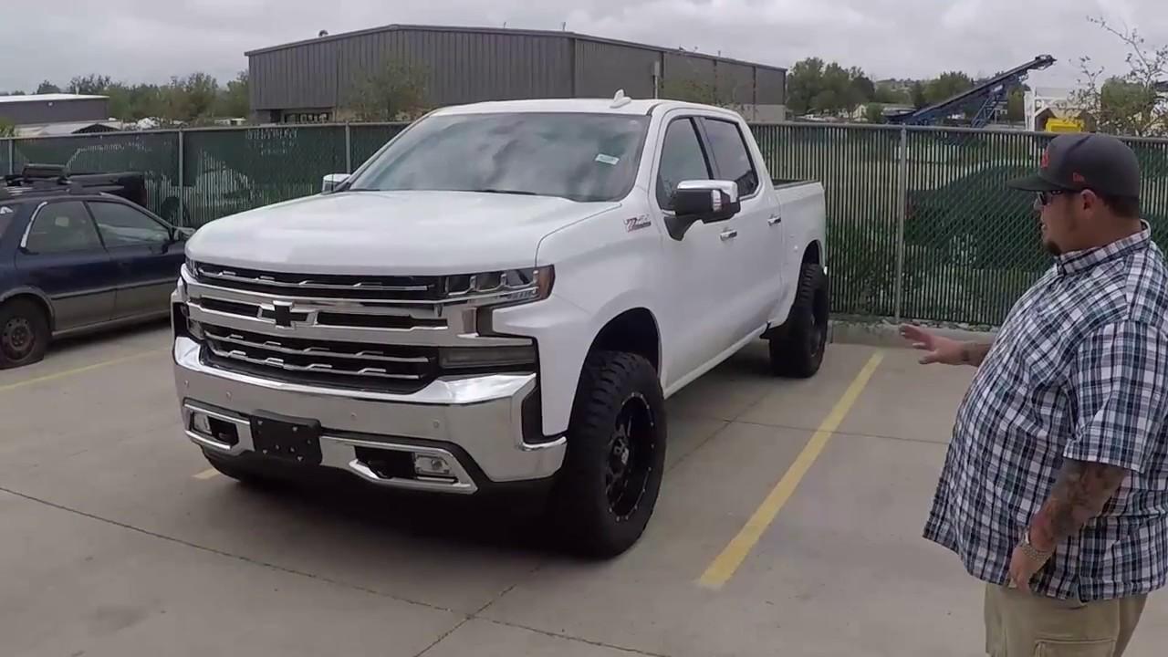 Leveled 2019 Chevrolet Silverado - YouTube