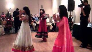 Mehndi Dances!!