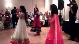 Mehndi Dances!!