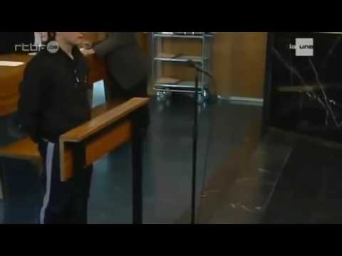 Un tox s'emballe sur la juge au tribunal de Charleroi !!!
