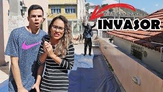 O INVASOR MISTERIOSO! - (FAKE) - KIDS FUN