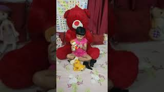 Super Cute Baby Hayat is sitting n Playing with Giant Teddy Bear 🐻N Lots of Soft Toys🤗😍😘💓💜💛