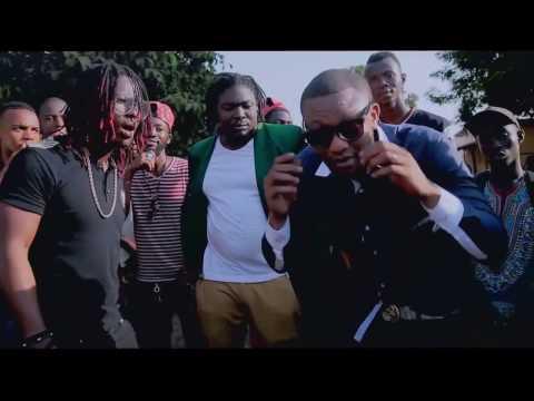 SINGLETON feat DJANII ALFA-TAPIA ( Clip Officiel )