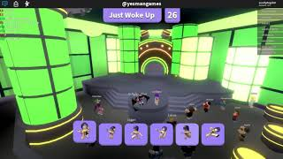 First video Playing Roblox Dance off hope u enjpy
