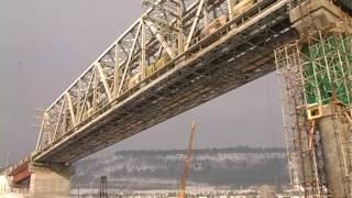строительство второго пролёта железнодорожного моста через Лену.(, 2017-02-06T14:13:36.000Z)