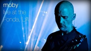 Moby - Extreme Ways (Live at The Fonda, L.A.)