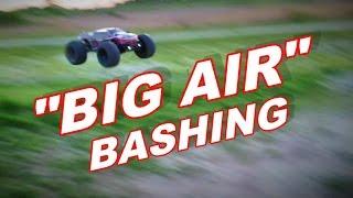 JLB Racing CHEETAH - BIG AIR Bashing - 1/10 Brushless RC Monster Truck - TheRcSaylors