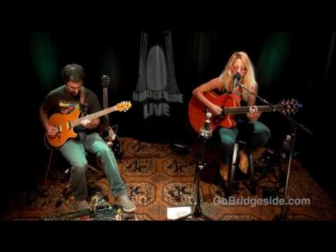 Dana Athens w/ Ryan Liatsis - Real, Love | Bridgeside Live S2 Ep23 (Song 4/12)