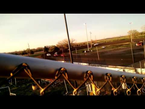 Lincoln County Raceway IMCA Hobby Stock Feature