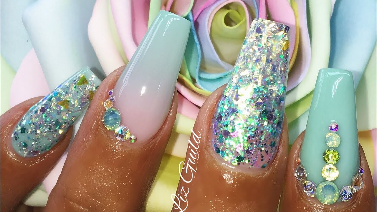 MINT GREEN LONG COFFIN ACRYLIC NAILS - The Beauty Adventure