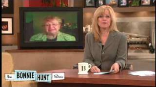 Lemon Cake/pie Debate With Bonnie And Alice - The Bonnie Hunt Show