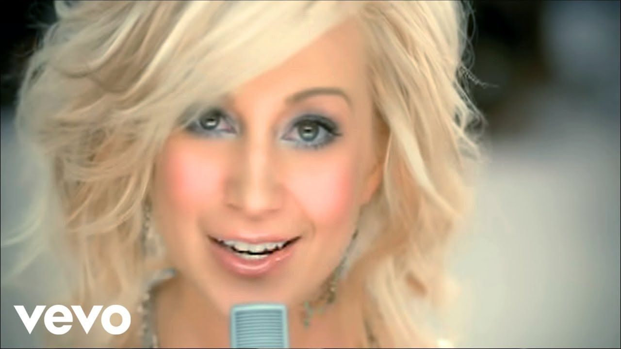 Kellie Pickler - Best Days Of Your Life - YouTube