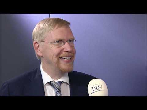 Gold-gedeckte Kryptowährung als Alternative? Interview mit Prof. Thomas Mayer