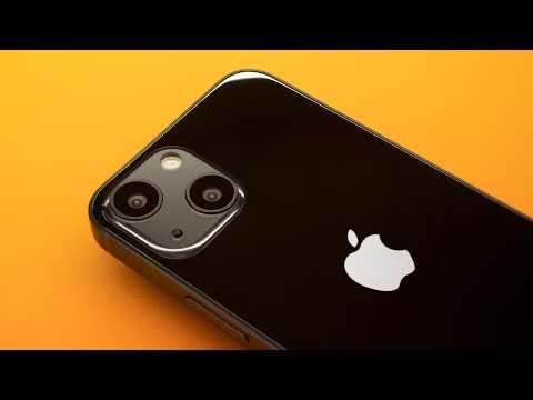 iPhone 13 -