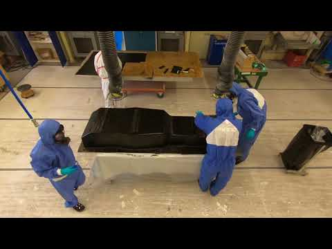 Chassis mould laminating at NEVS - Chalmers formula student 2018