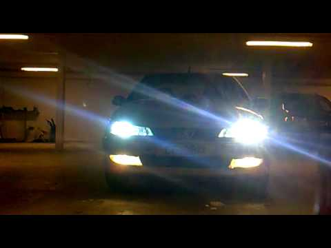 How To Adjust Headlights >> Philips Xenon Kit 6000K 35W H7 on Peugeot 406 - YouTube