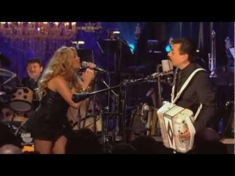 Los Tigres Del Norte feat Paulina Rubio  Golpes En El Corazon
