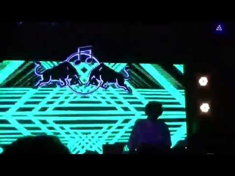 EL GUINCHO @ FESTIVAL NRMAL 2015 MÉXICO GAROTK