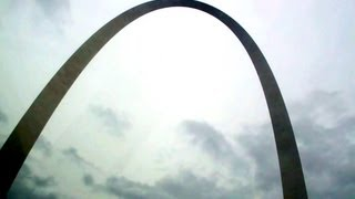 "Saint Louis Gateway Arch : ""A RIDE TO THE TOP"" - Tour"