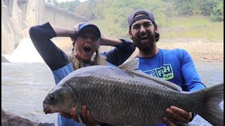GIANT FISH Caught while Crappie Fishing!! (EPIC BATTLE)