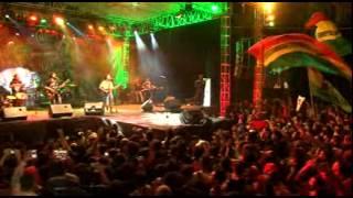 TONY Q RASTAFARA Dont Worry Live Balekambang