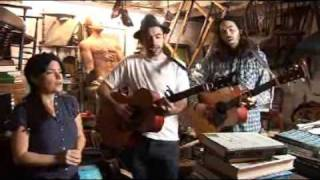Tunng - String, BBC Collective Junk Shop Session