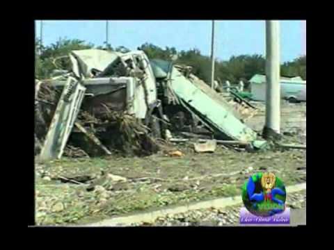 Последствия наводнения. г. Невинномысск 28.06.2002 г.
