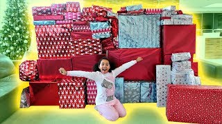 Best Christmas Ever!! Tiana Opening Christmas Presents Compilation Family Fun