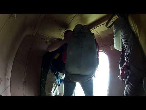 Как прыгнуть с парашютом (How to do a parachute drop)