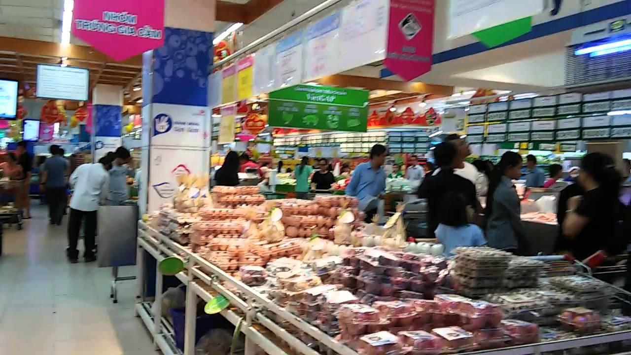 越南今時今日的超市 - YouTube