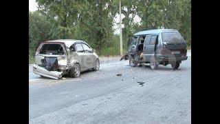 Нетрезвого виновника ДТП в Хабаровске пришлось тащить в патрульный автомобиль. Mestoprotv