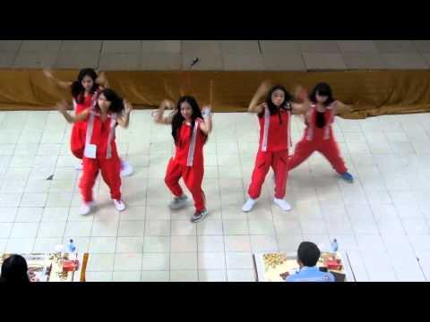 1st winner Modern Dance Competition: WP Crew from SMA Wijaya Putra