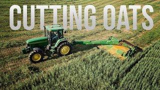 Cutting Oats! - John Deere 7600