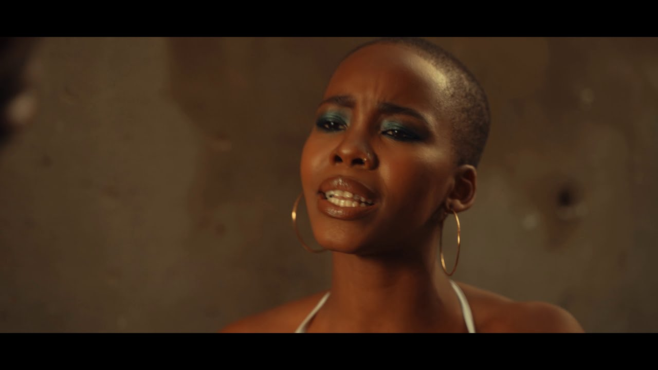 Download Darque - Uthando [Feat. Zakes Bantwini] (Official Music Video)