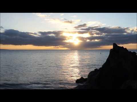 Waves at Sunset ~ Hawaii Webcam ~ Charley Young Beach HD 2013