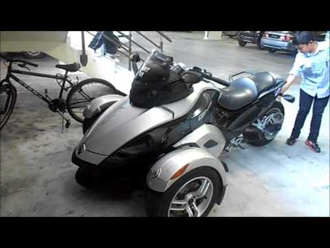 Silver BRP Can-Am Spyder (3-Wheel Motorcycle) - YouTube