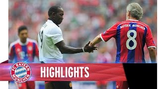 FCB AllStars 3 - 3 Manchester United Legends