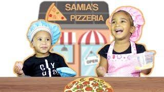 Video TODDLER MAKES PIZZA FOR PARENTS DATE NIGHT download MP3, 3GP, MP4, WEBM, AVI, FLV Desember 2017