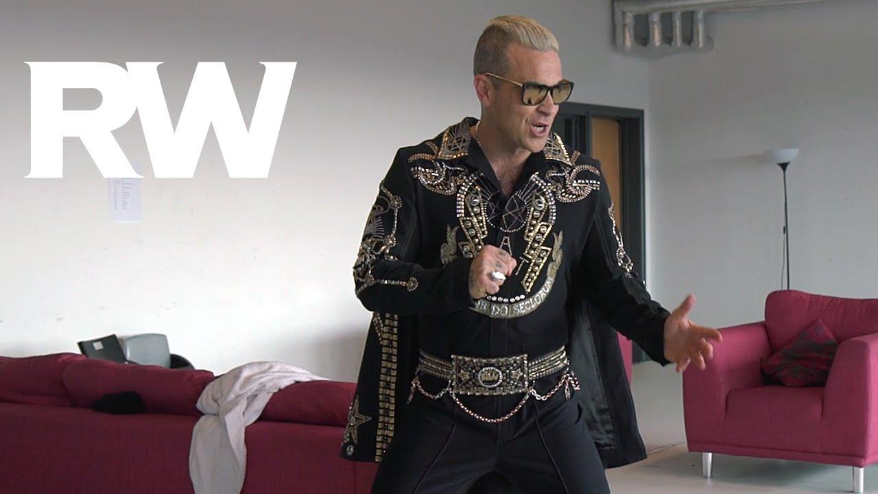 Robbie Williams | Elvis Costume