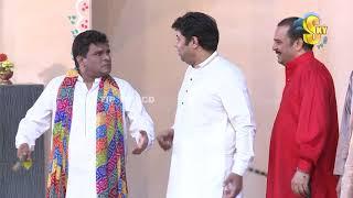 Naseem Vicky With Nawaz Anjum and Babbu Rana Stage Drama Ranjha Ranjha Kardi Full Comedy Clip 2019