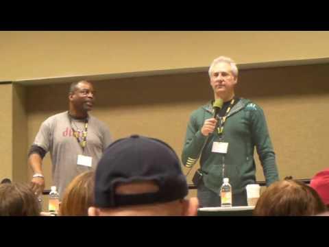 Brent Spiner & LeVar Burton Q&A Panel (Part 1/5)