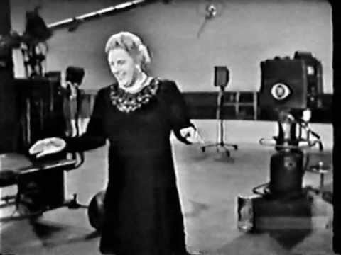 The Kate Smith Show (1960): Just One of Those Things