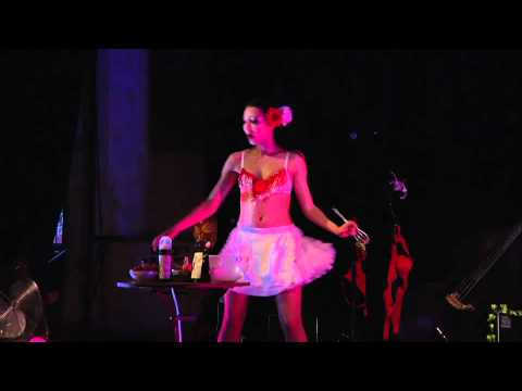 Le Cabaret des Filles de Joie - Le Bal de Printemps