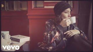Gaby Moreno - Estaré (Official Vid...