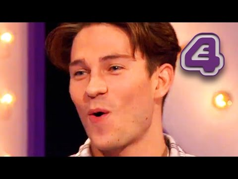 Joey Essex & Russell Kane Compete In The Dab Challenge | Virtually Famous