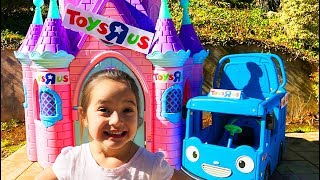 Pretend Toys R Us store with Layla and Ava