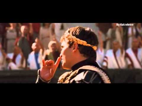 Gladiator-Commodus/Joaquin Phoenix