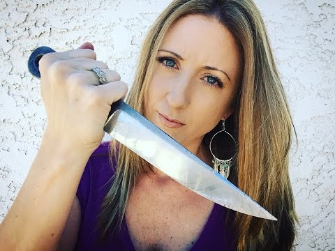 GIRLS vs THROWING KNIVES? (The Bladed Broad)