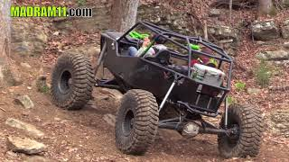 HILL CLIMBING AT BUSTED KNUCKLE OFFROAD PARK