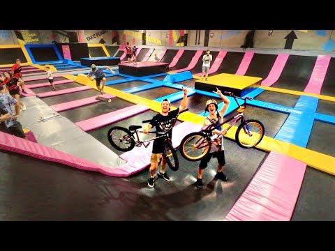 NITRO CIRCUS vs TRAMPOLINE PARK! (BMX)